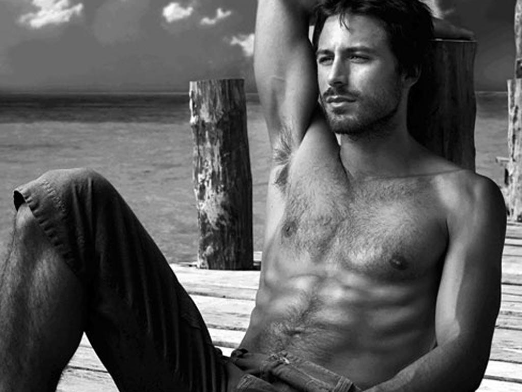 hombres espanoles famosos: